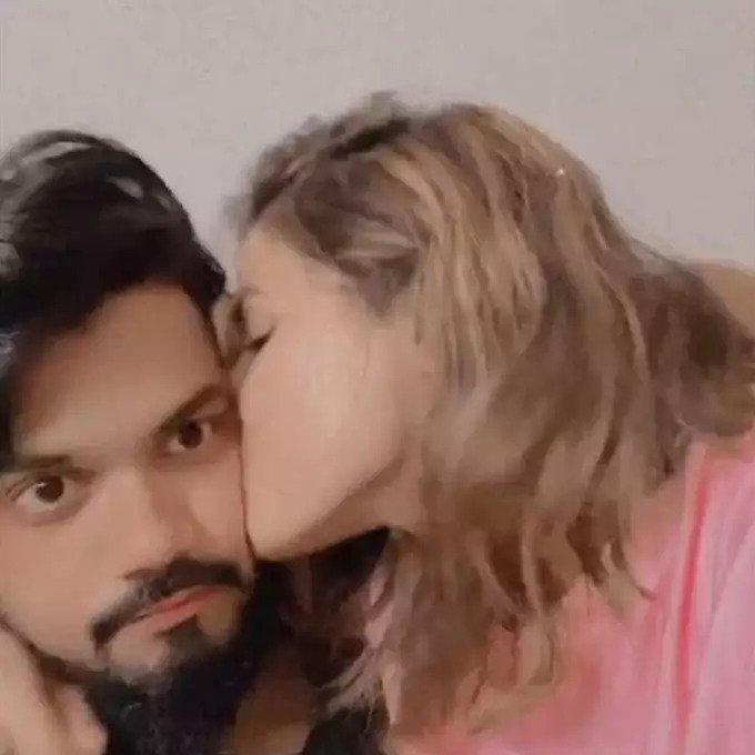 hina khan with boyfriend